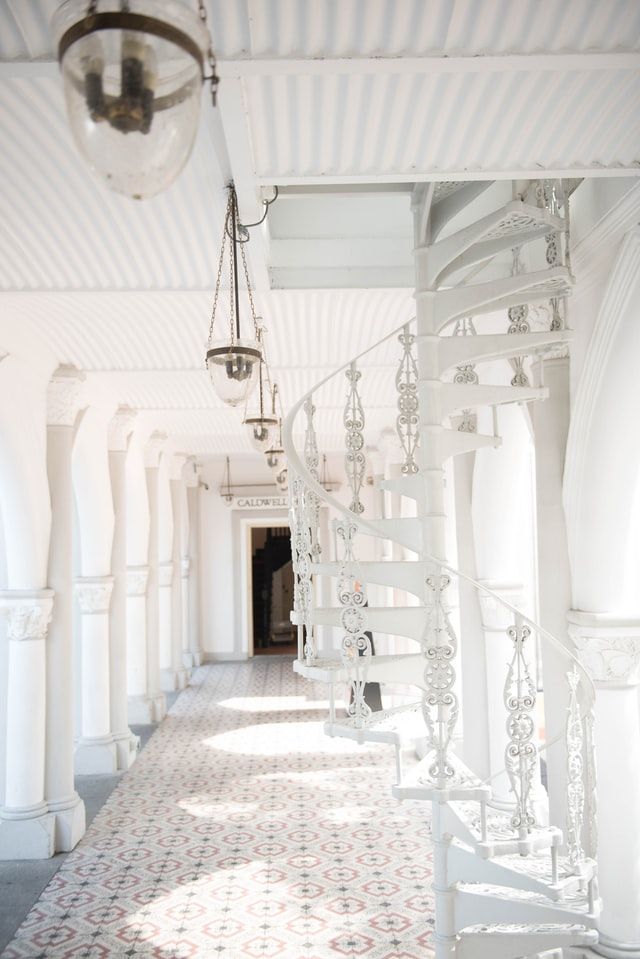 Choosing the White Shade that Works Best for Your Room