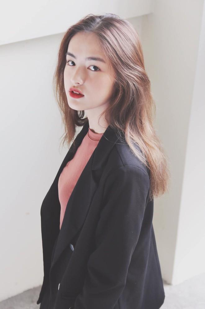 Thí sinh 'Hoa hậu Việt Nam': Là hoa khôi Ngoại thương, thi đại học 29 điểm - ảnh 6