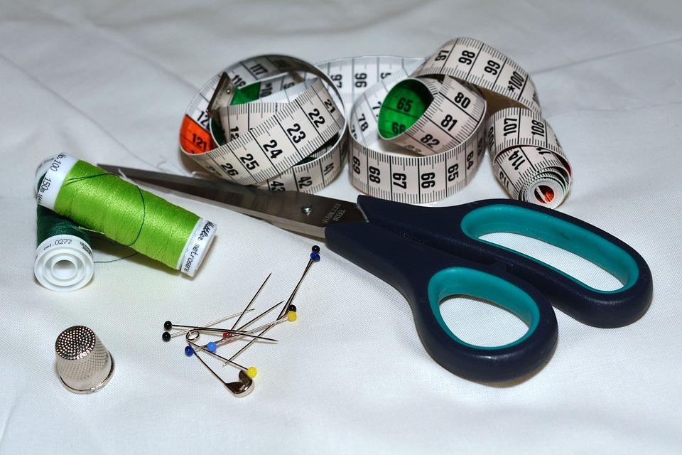scissors-1189948_960_720.jpg