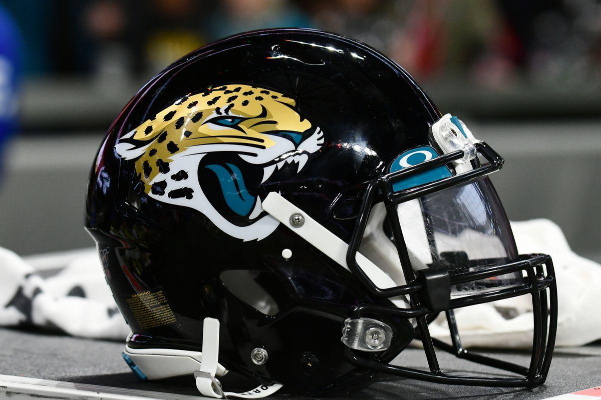 Jacksonville Jaguars sử dụng màu đen làm màu chủ đạo của đội