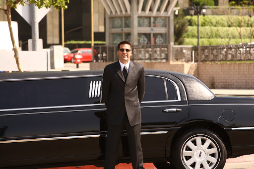 Limousine Rentals Montreal* Party Bus Rental Montreal * Top