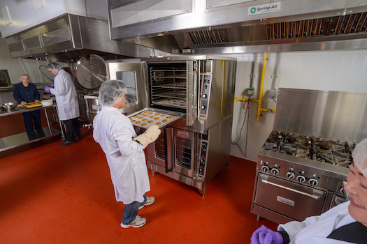 A Commercial Kitchen for Rent Can Make Your Life Easier