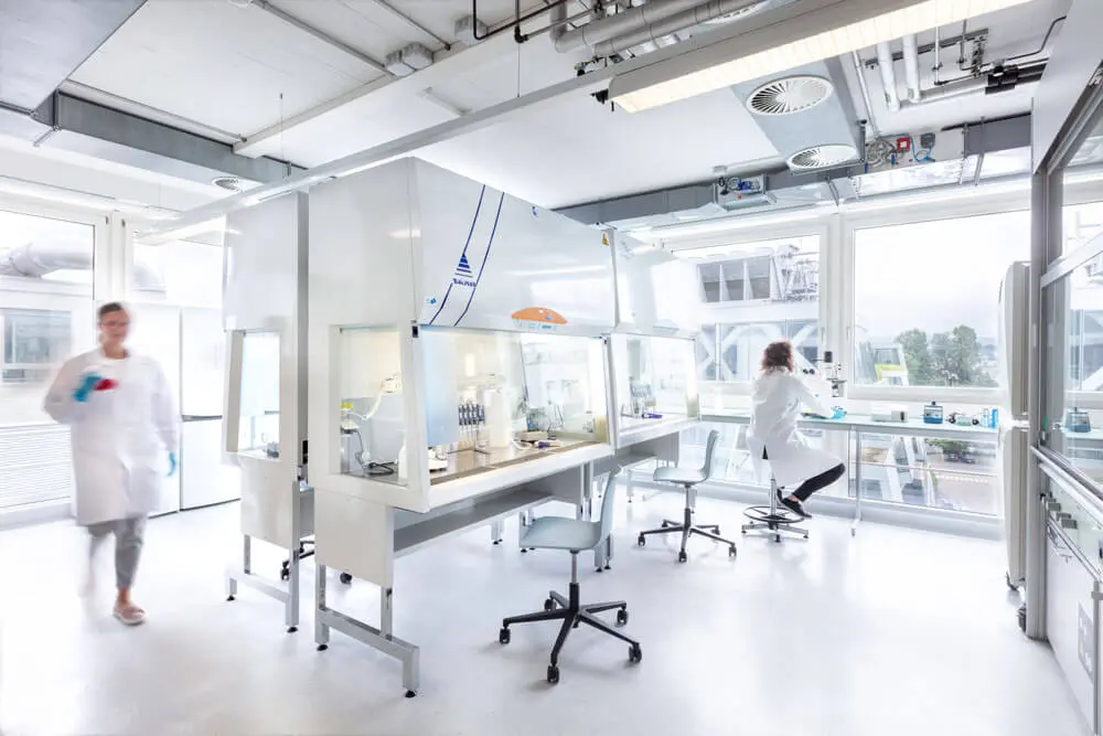 Impression of lab space in the Switzerland Innovation Park Basel Area Main Campus Allschwil.