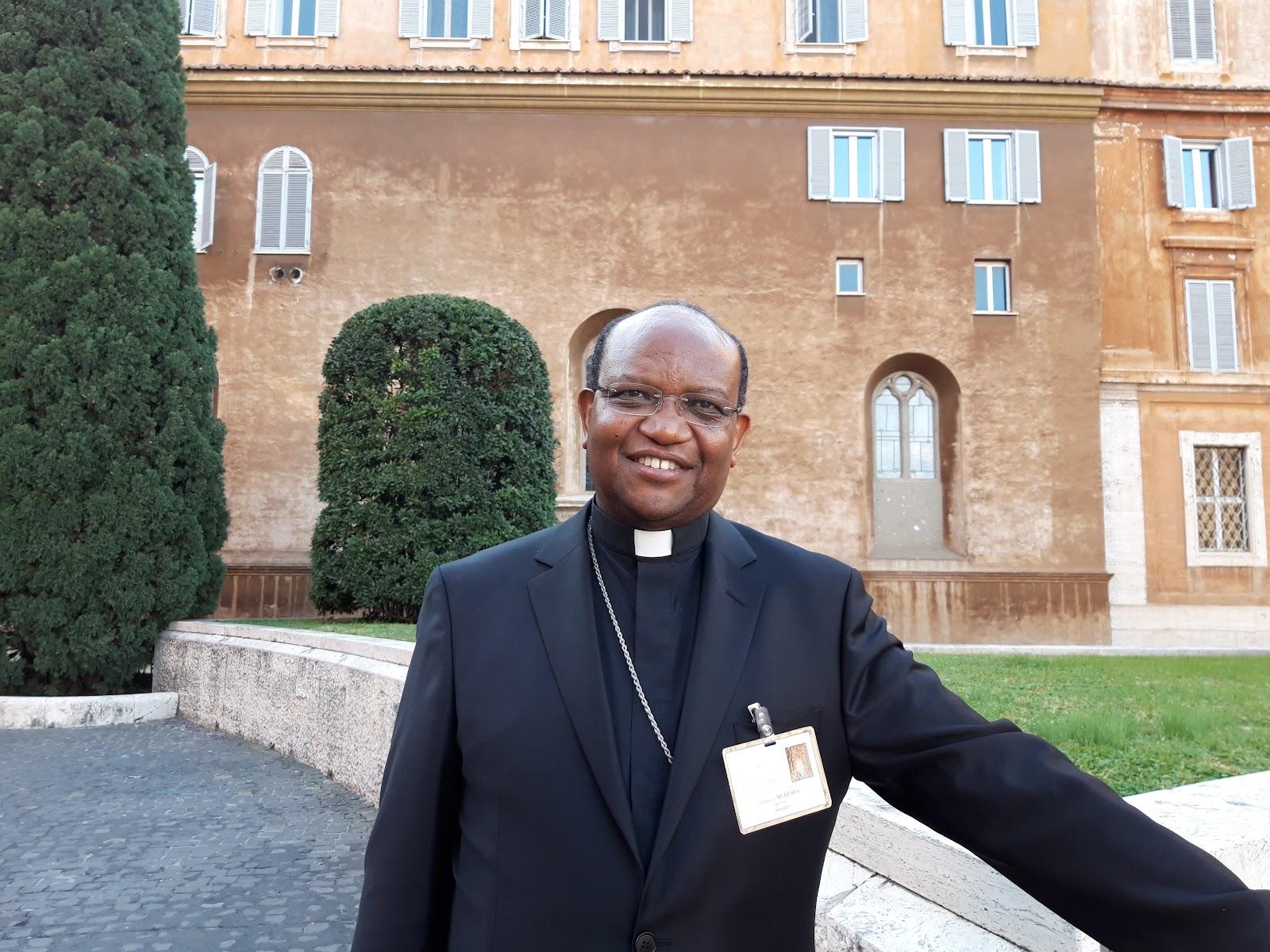 CHUYÊN MỤC: Một bạn trẻ đã suýt tự tử, nhưng được trợ giúp và đồng hành: bây giờ anh ấy sắp trở thành một linh mục