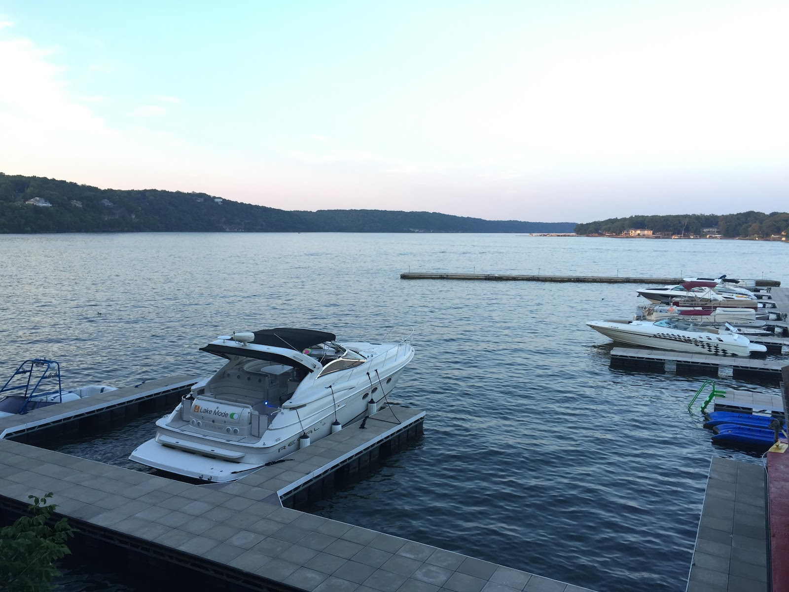 boating lake of the ozarks
