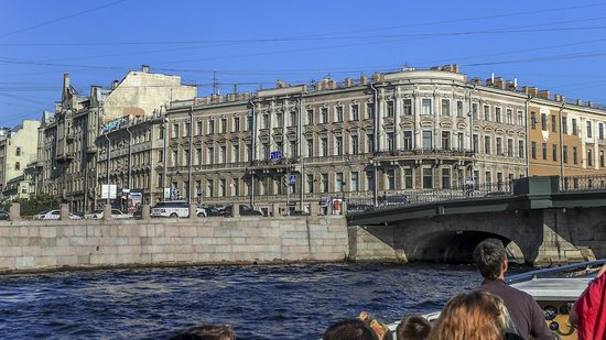 Boat trip along the canals of St. Petersburg, Russia, photo 16
