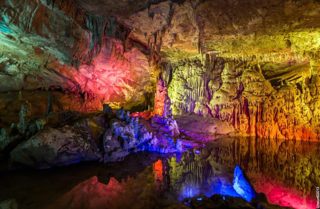 prometheus-cave-4