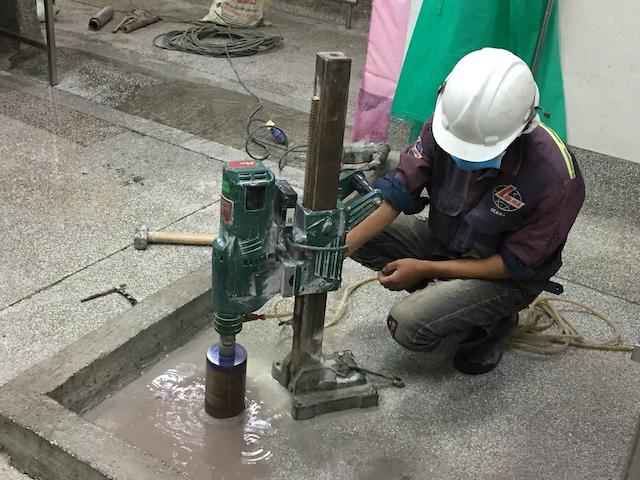 Khoancatbetongtphcm.vn có hơn 20 năm hoạt động trong lĩnh vực khoan rút lõi, cắt bê tông