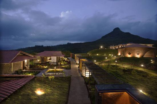 hotels near bhusi dam lonavala