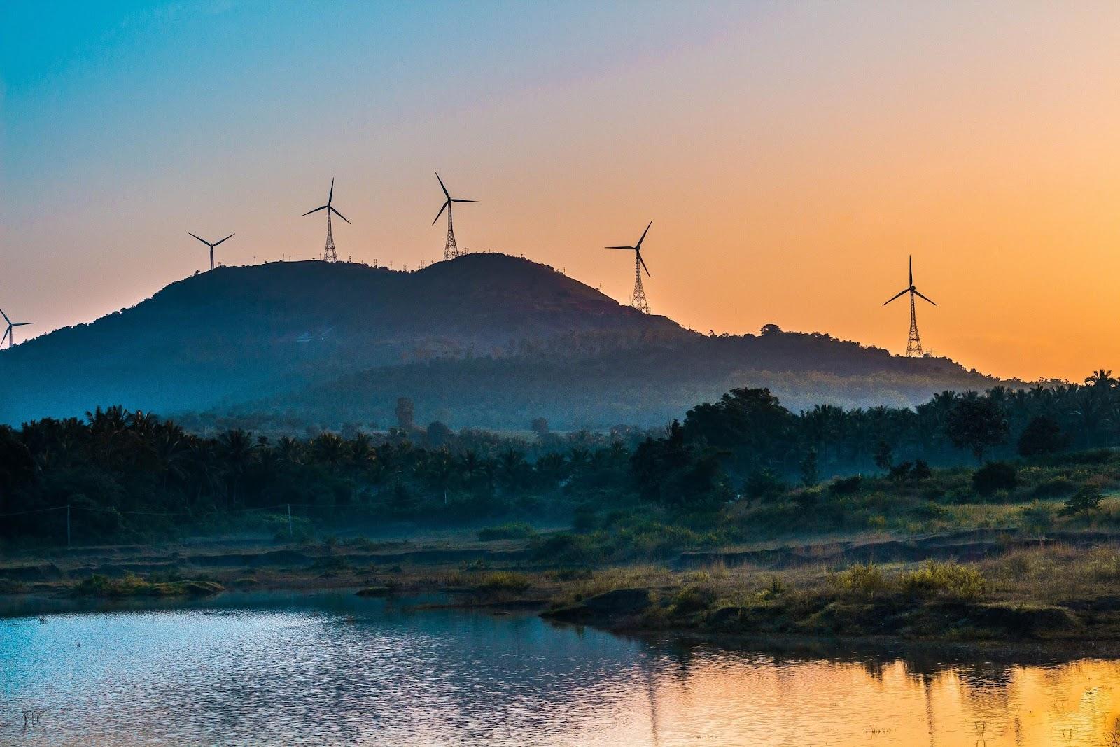 Vortex Bladeless Wind Turbine