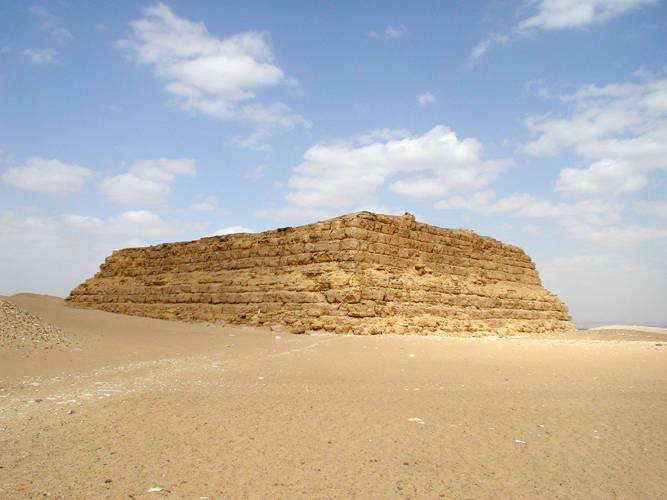 Mastaba - Wikipedia