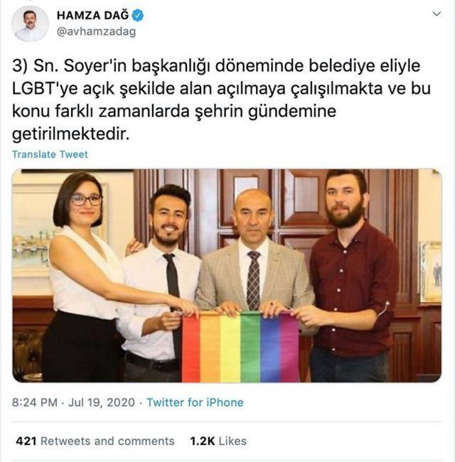 حمزه دگ، نماینده حزب عدالت و توسعه در مجلس از تونج سویر، شهردار ازمیر به دلیل حمایت از حقوق دگرباشان انتقاد کرد