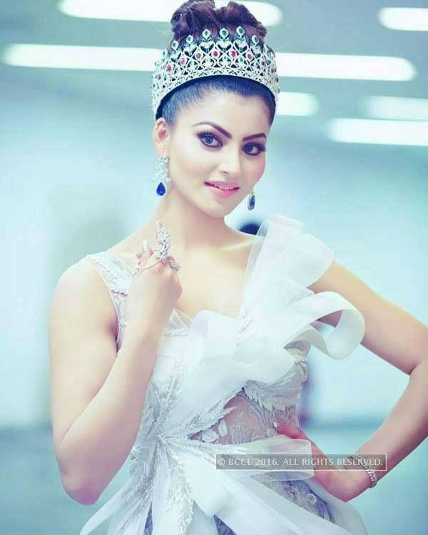These pictures prove Urvashi Rautela is a real life princess