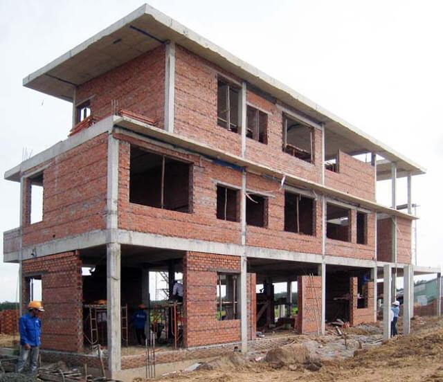 Dịch vụ xây nhà phần thô phụ thuộc vào nhân công