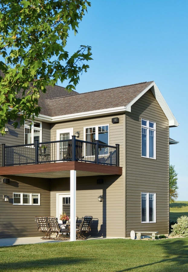 Home with Klauer Siding in Cascade, IA