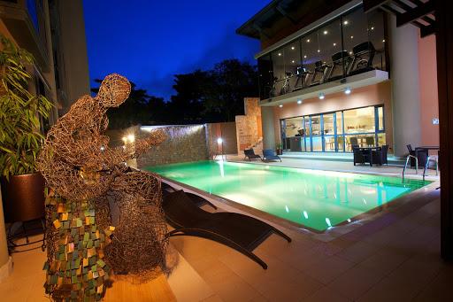 The WheatBaker - Swimming Pool
