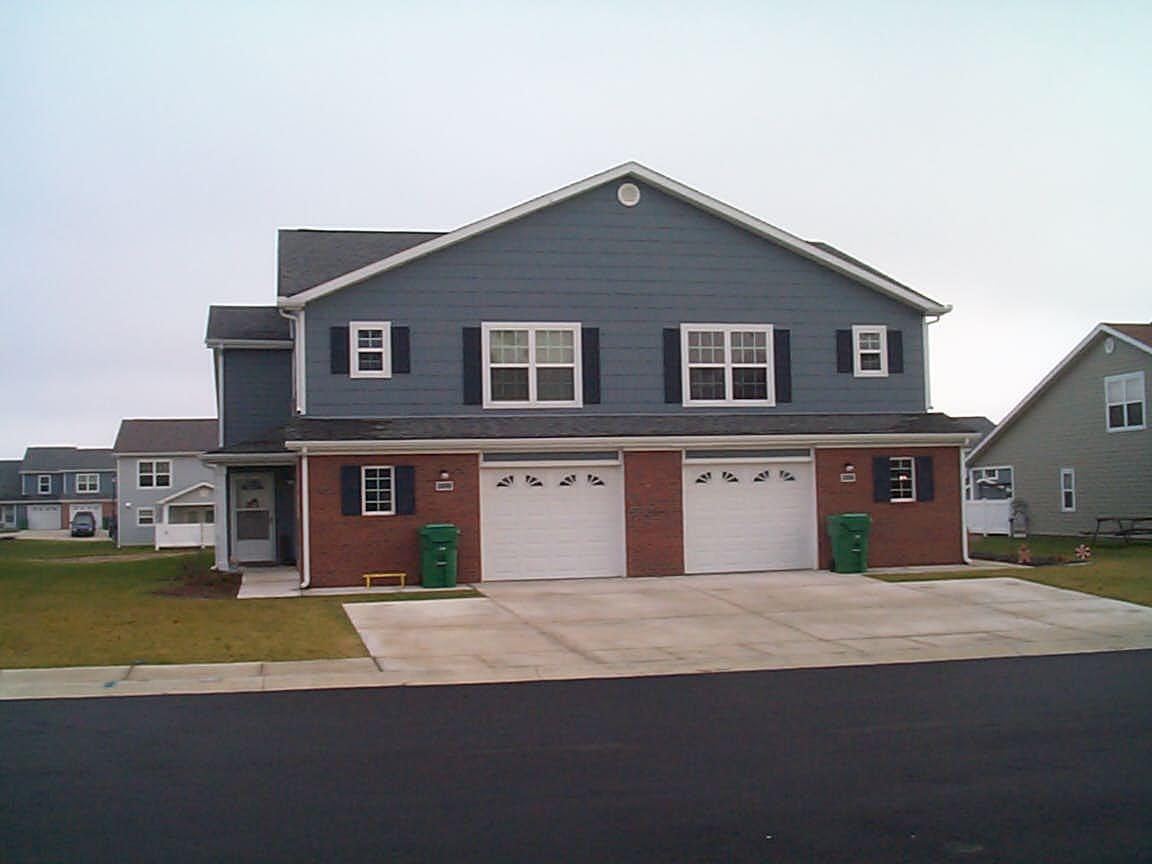 Photo of SNCO & Company Grade Housing - Dover AFB