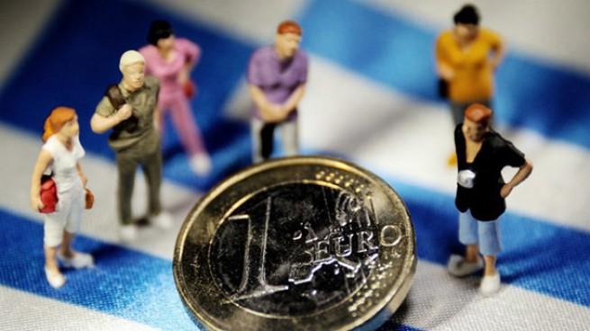 Юристы, бухгалтеры, инженеры и врачи получат помощь в размере 800 евро