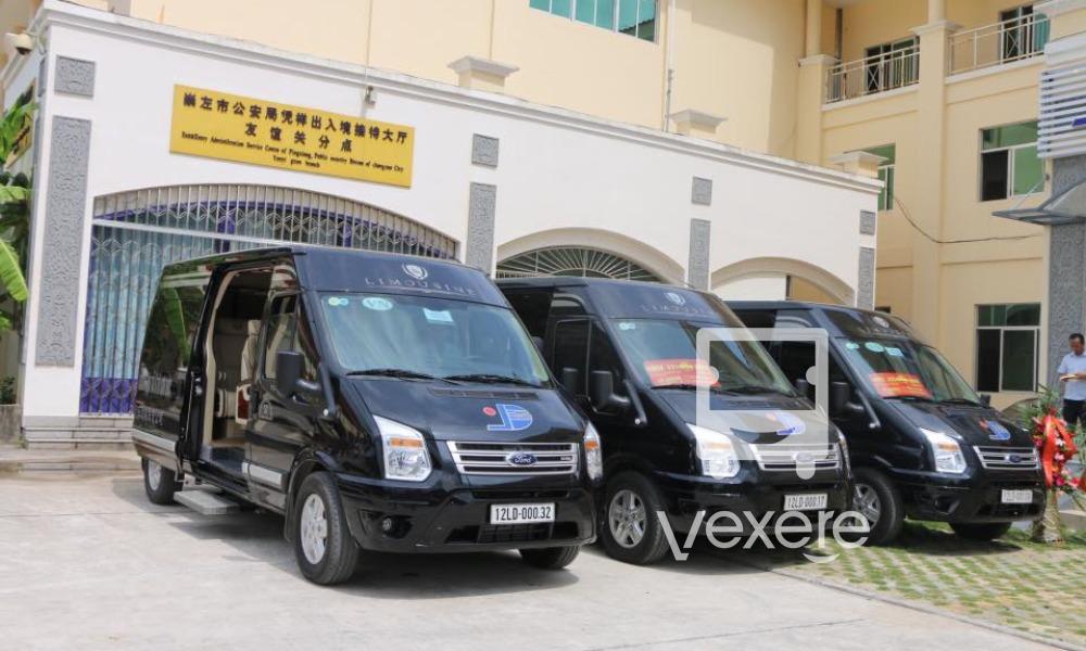 Xe Limousine Hongai - Sơn Đức đi Trung Quốc