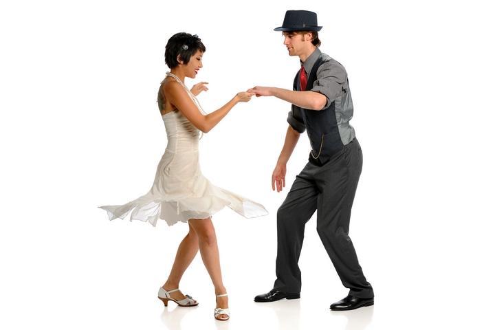 http://www.haleysdailyblog.com/wp-content/uploads/2018/07/Swing-Dance-201807-001.jpg