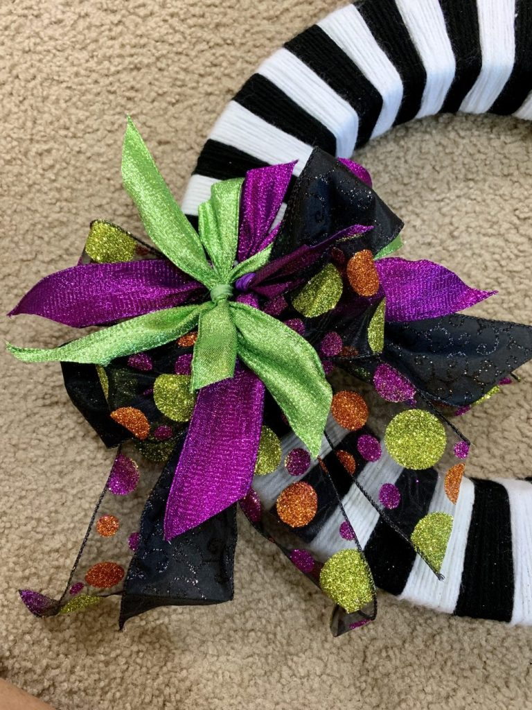 Bows piled on the wreath form.