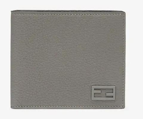 7. กระเป๋าสตางค์แบรนด์ FENDI