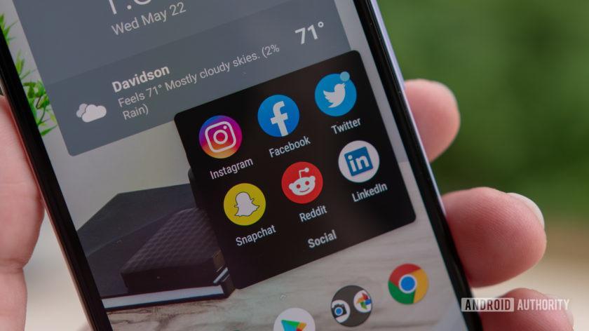 social-media-logos-facebook-twitter-instagra-reddit-linkedin-snapchat-840x472.jpg