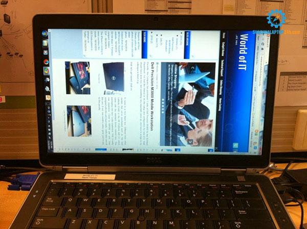 xoay màn hình laptop