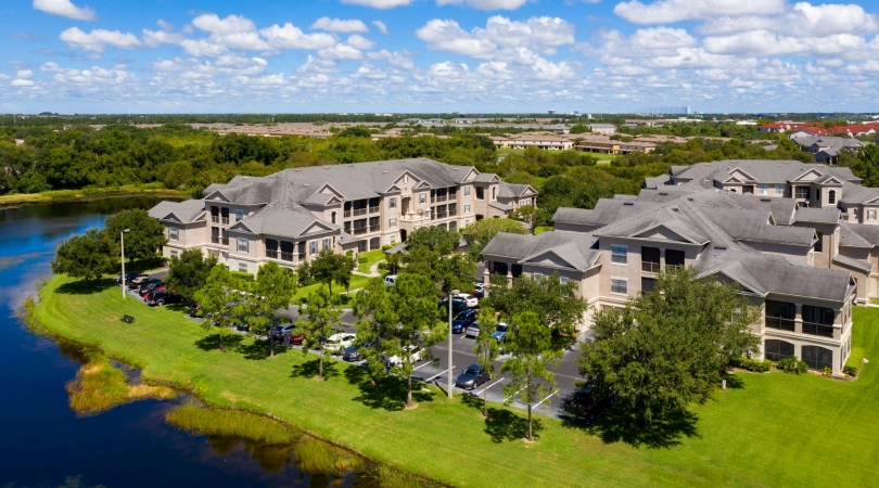 Hamlin at Lake Brandon Apartments in Brandon, FL
