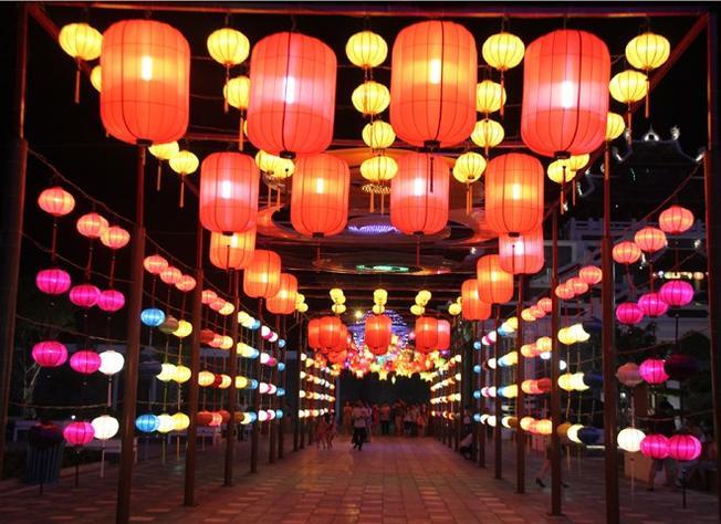 Kinh nghiệm đi du lịch Singapore vào dịp thế bạn sẽ thấy những con phố đèn lồng lung linh sắc màu