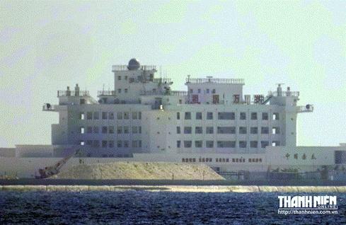 'Thành phố nổi' trái phép của Trung Quốc trên bãi Gạc Ma - ảnh 3