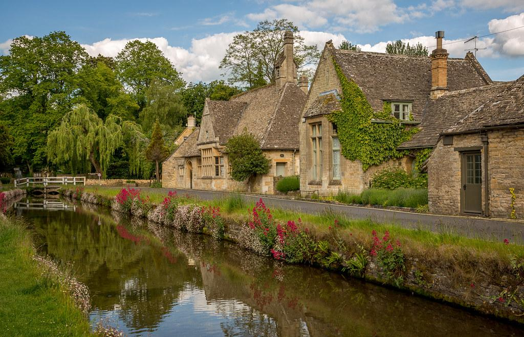 Lower Slaughter | The Cotswolds town of Lower Slaughter is b… | Flickr