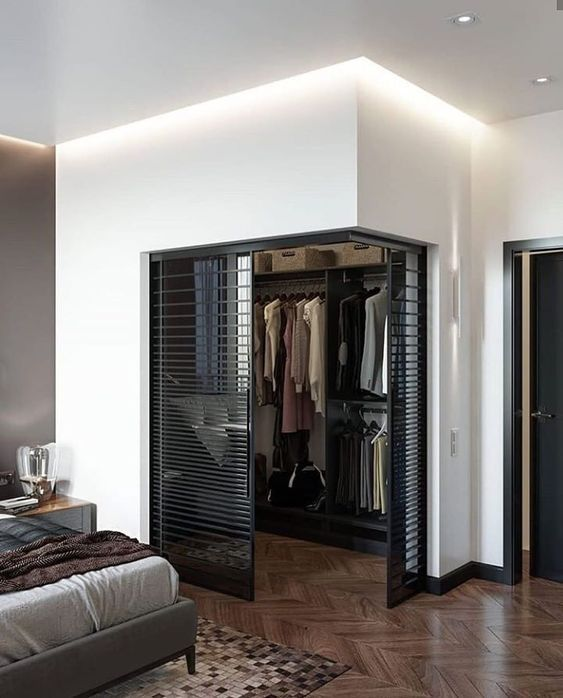 Small Walk-in Box in Your Bedroom