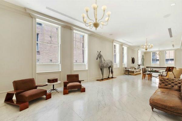 hãy chọn ngay cho không gian phòng khách chất liệu gạch lát nền đá cẩm thạch