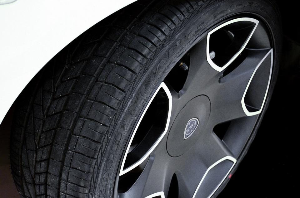 tire-428515_960_720.jpg