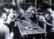 Bữa cơm đạm bạc của Hồ Chủ tịch với các đồng chí tại căn cứ cách mạng