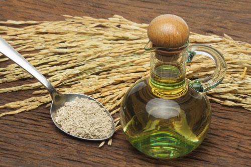 bí quyết làm đẹp bằng dầu dừa và cám gạo