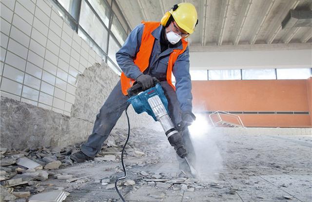 Một công ty khoan cắt bê tông uy tín thường trang bị máy móc hiện đại