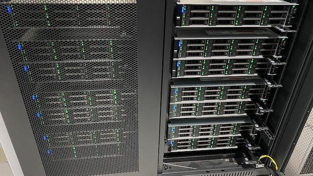 Vietnix cung cấp đa dạng gói thuê server