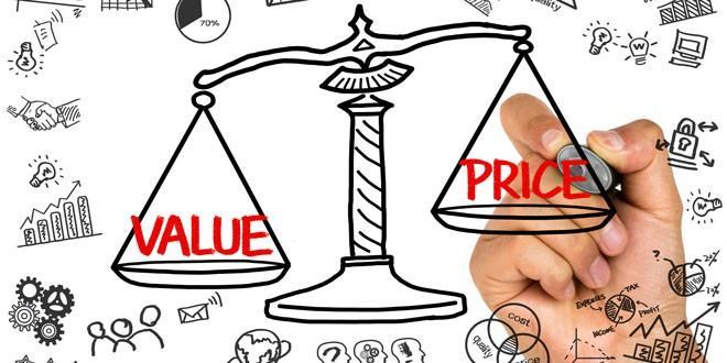 Khách hàng cần nắm thông tin về giá vàng trên thị trường để tránh bị ép giá