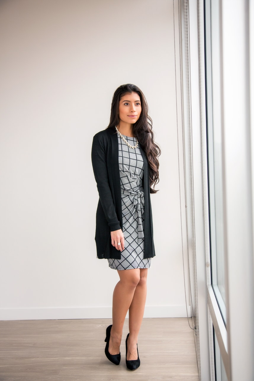 Cute work outfits -20 Work Outfits - Decoding Women Business Casual