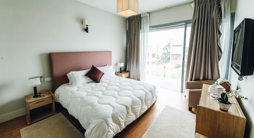 a nice, clean guest room