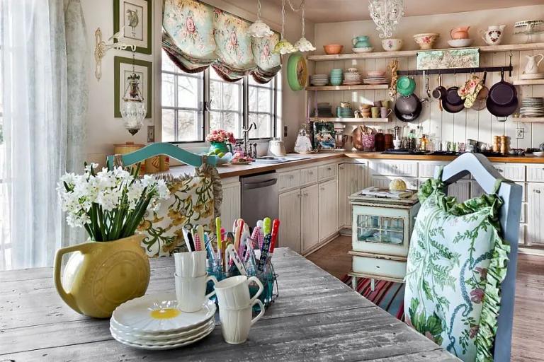 Vintage konyha - virágos, nosztalgikus, kopottas