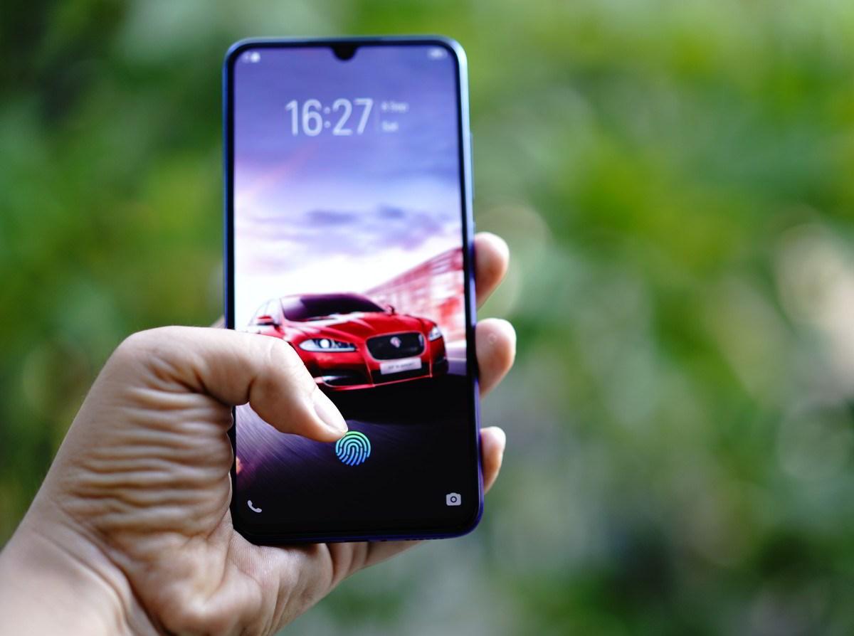 Fitur Screen Touch ID atau sensor sidik jari. Foto Kristian.