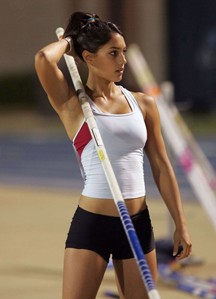 Allison Stokke (Pole Vaulter)