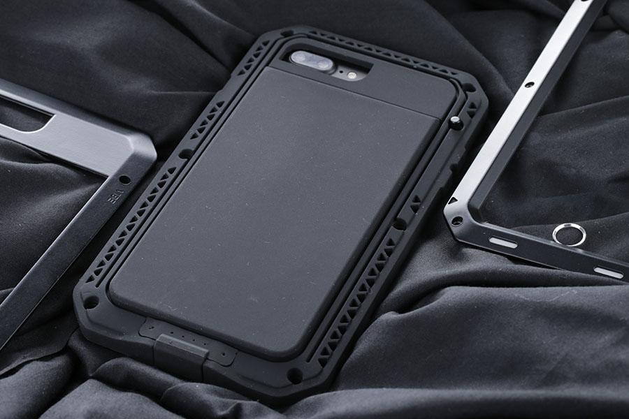 lunatik-iphone-7-plus-m5.jpg