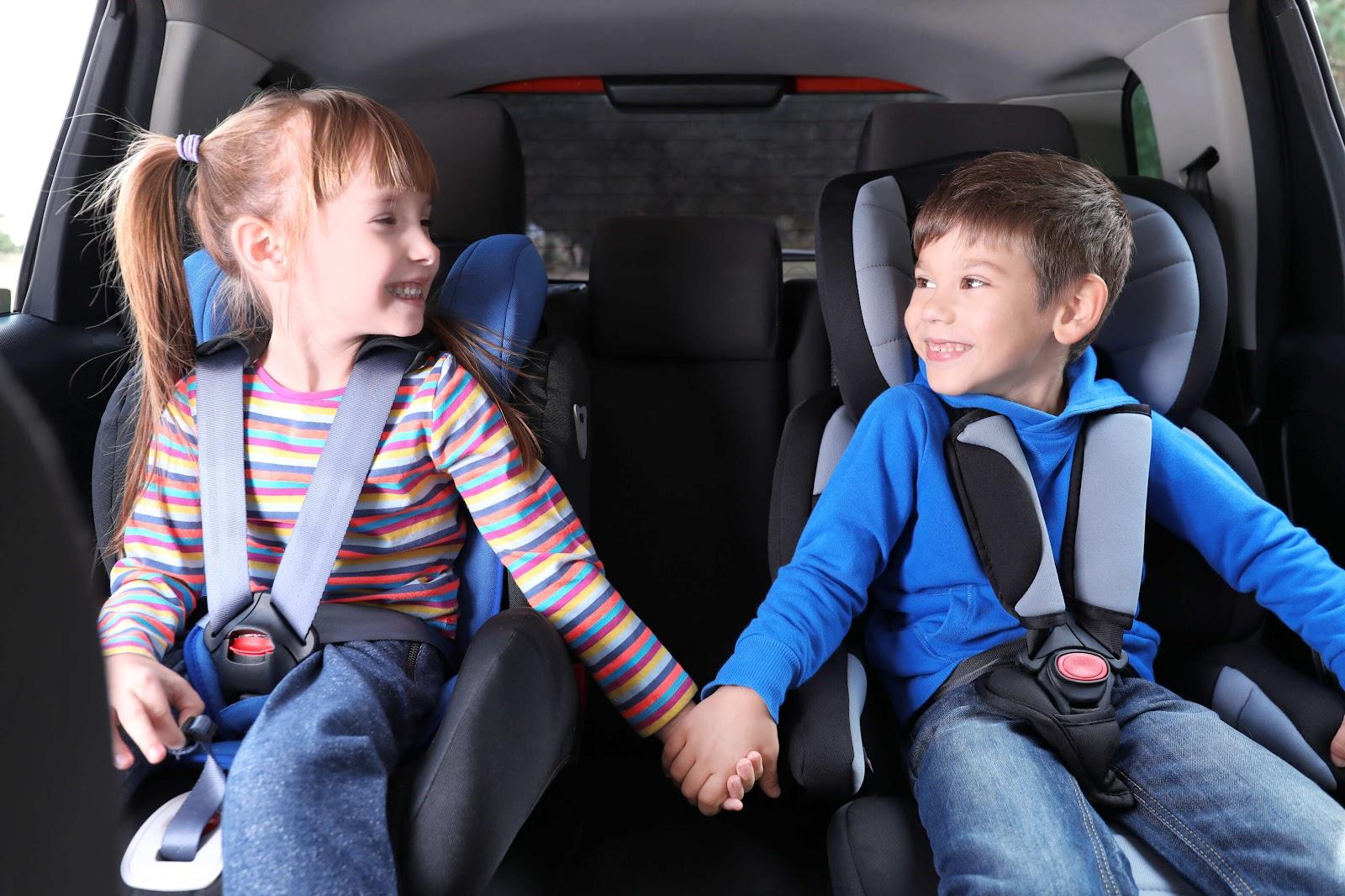 7 главных правил, которых следует придерживаться для безопасности перевозки детей в машине - Картинка 1