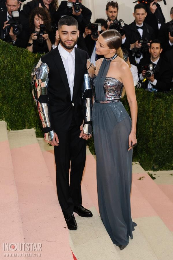 https://inoutstar.com/galleries/zayn-malik-and-gigi-hadid-together-at-the-2016-met-gala-5-5340.jpg