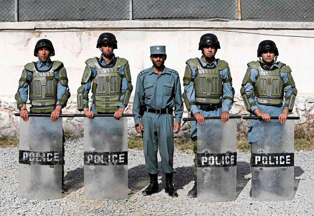 Применение оружия полицией-7