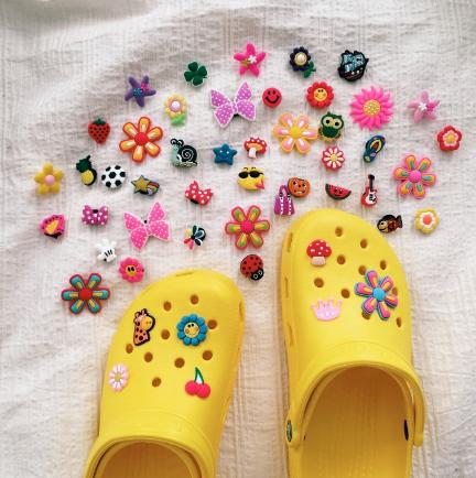 Crocs VSCO  - sapatos vsco  girls